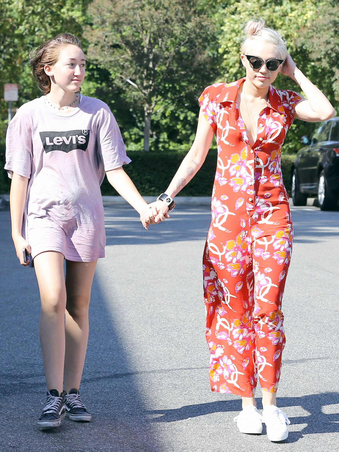 Miley Cyrus – Out Shopping in Studio City – June 2014