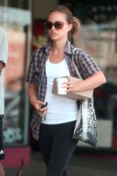 Natalie Portman - Out in Los Feliz - July 2014