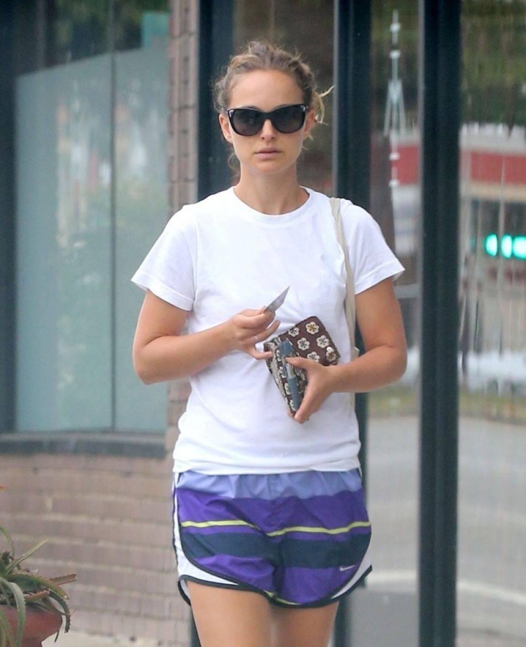 Natalie Portman Shows off Her Legs in Shorts - Goes to Pilates Class in Los Angeles - July 2014