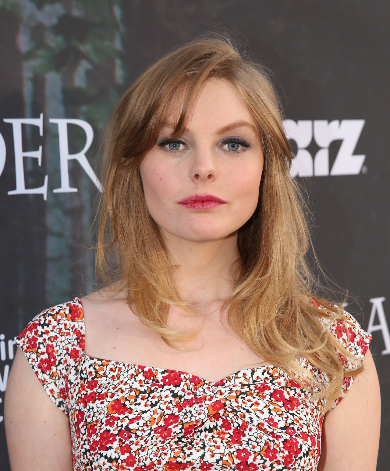Nell Hudson earned a  million dollar salary, leaving the net worth at 1 million in 2017