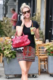 Nicky Hilton Stops at Organic Avenue in NYC - July 2014