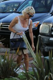 Pamela Anderson - Arriving the Malibu Country Mart Lifestyle Center - June 2014