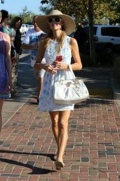 Paris Hilton & Nicky Hilton - Shopping Together in Malibu (CA), July 2014