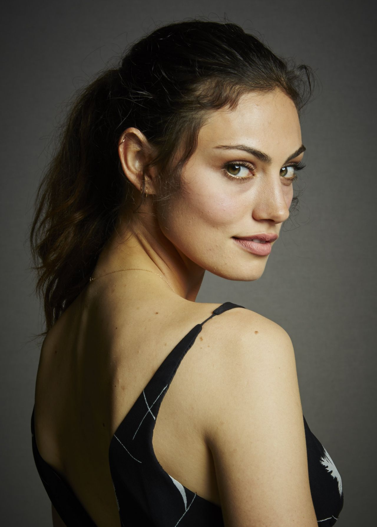Phoebe Tonkin The Originals Portraits At Comic Con 2014