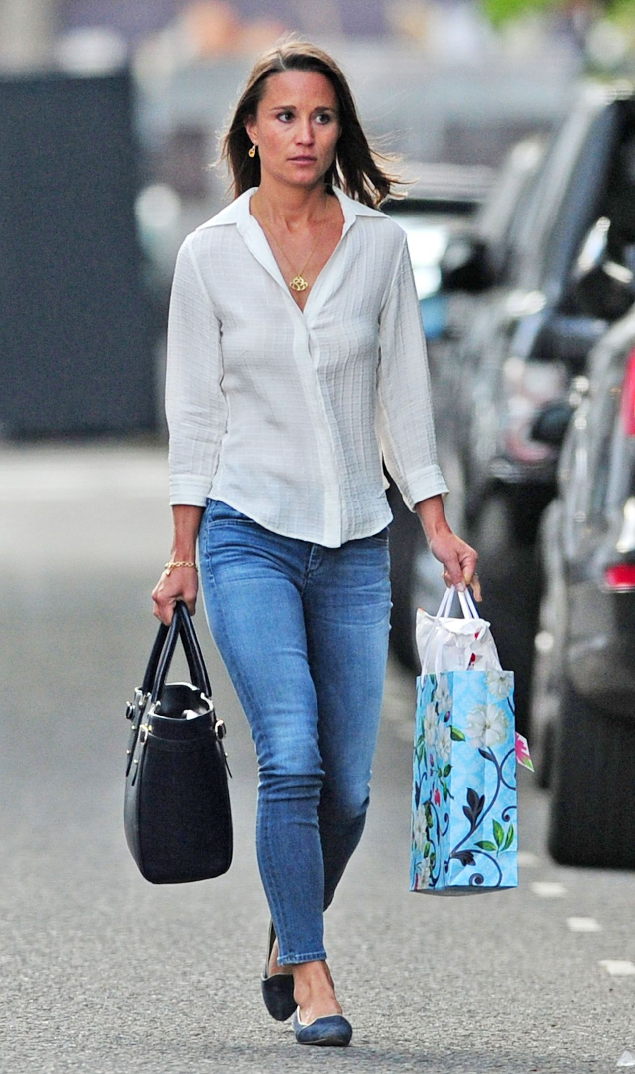 Pippa Midleton Street Style - Out in Jeans, June 2014