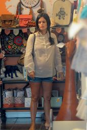 Rachel Bilson in Jeans Shorts - Shopping at Eggy Children