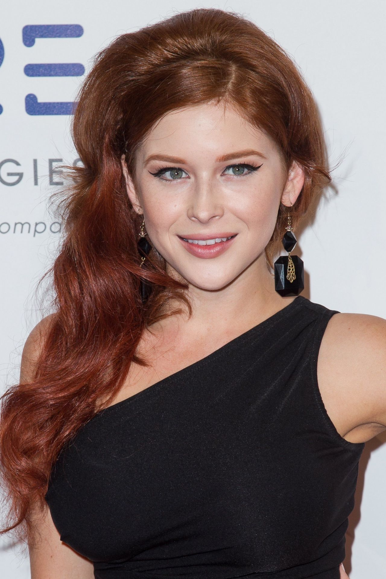 Renee Olstead – 2014 Thirst Gala in Beverly Hills