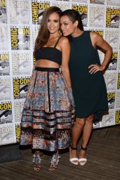 Rosario Dawson – 'Sin City A Dame To Kill' Press Line & Panel at Comic-Con in San Diego