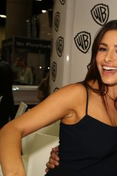 Sarah Shahi - Warner Bros Signing Booth at Comic-Con 2014 in San Diego