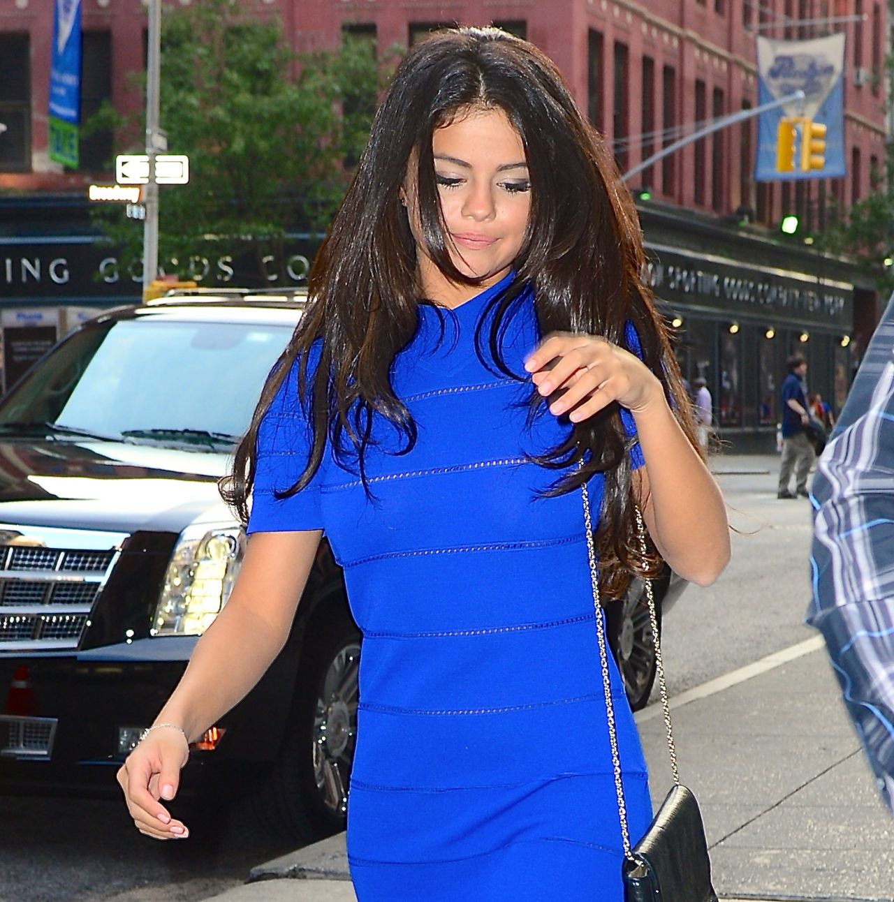 Selena Gomez In Blue Mini Dress Out For Dinner In New