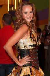 Shaila Durcal – 2014 Premios Juventud Awards in Miami