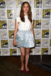 sophie-cookson-20th-century-fox-comic-con-2014-panel_4