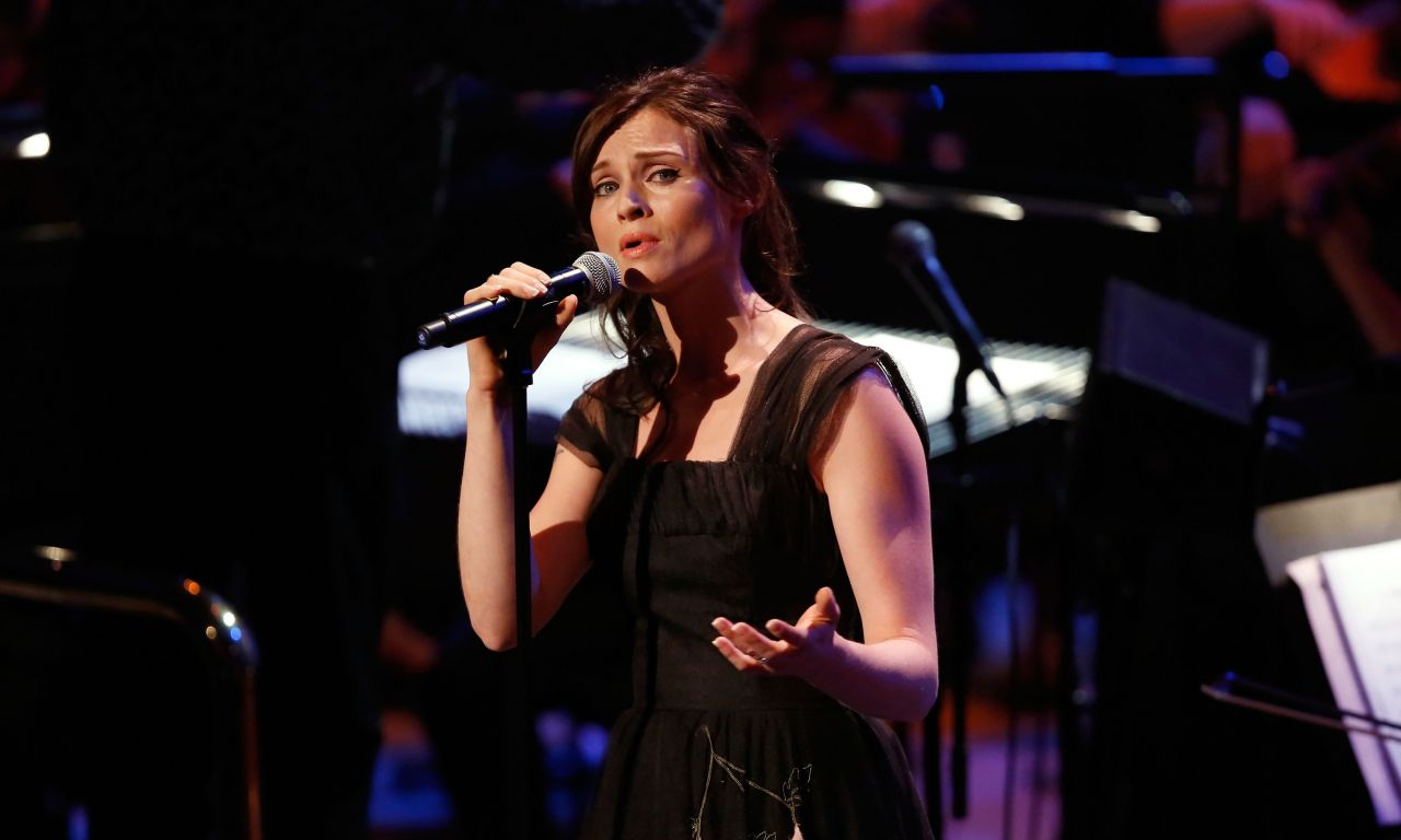 Sophie Ellis-Bextor Performs at