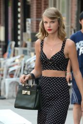 Taylor Swift Casual Style - Out in New York City - July 2014