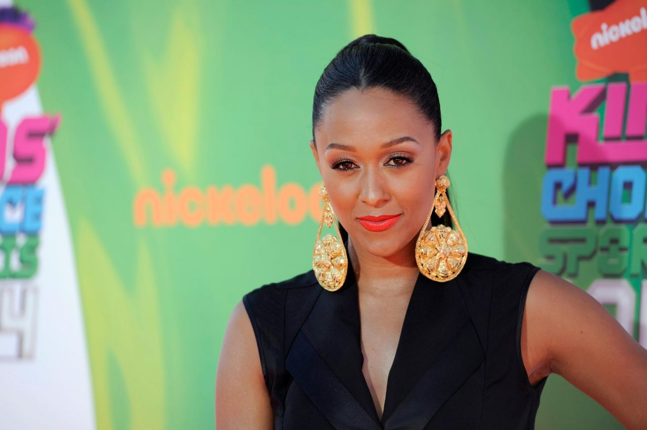 Tia Mowry – 2014 Nickelodeon Kids Choice Sports Awards in Los Angeles