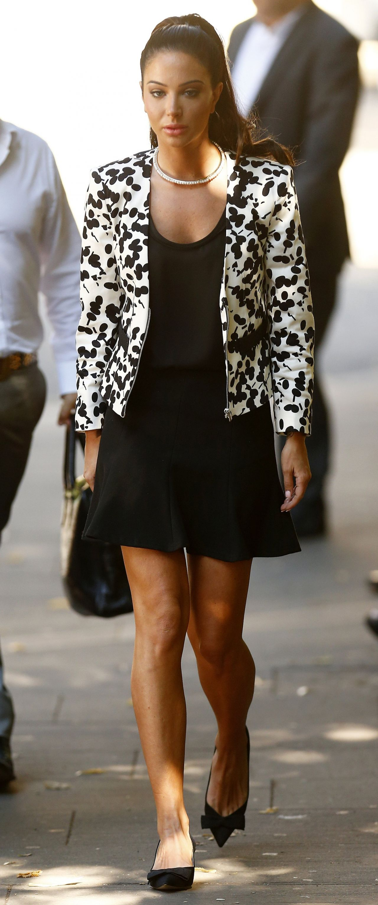 Tulisa Contostavlos Casual Style - Southwark Crown Court - July 2014
