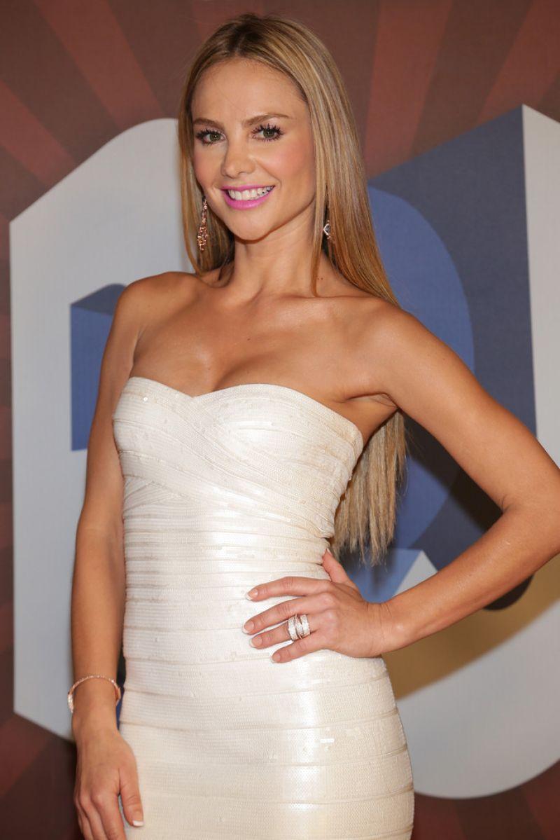 Ximena Cordoba – 2014 Premios Juventud Awards in Miami