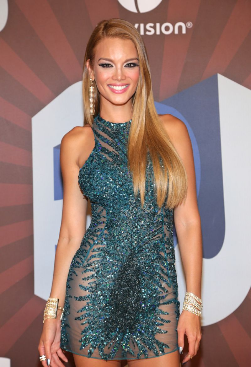 Zuleyka Rivera 2014 Premios Juventud Awards In Miami