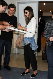 Alessandra Ambrosio at LAX Airport, August 2014