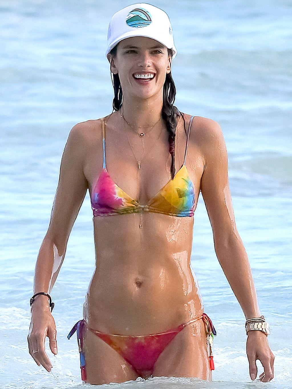 Alessandra Ambrosio Bikini Candids Hawaii August 2014