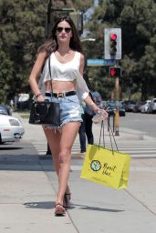 Alessandra Ambrosio Flashing Her Stomach and Legs - Visits Planet Blue - August 2014
