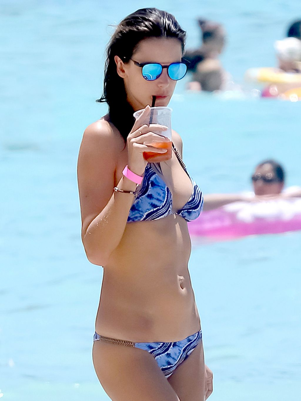 Alessandra Ambrosio Wearing a Bikini in Hawaii - August 2014
