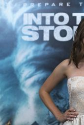 Alycia Debnam-Carey – 'Into The Storm' Premiere in New York City