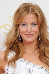 Anna Gunn – 2014 Primetime Emmy Awards in Los Angeles