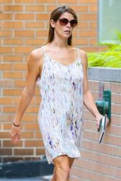 Ashley Greene Street Style - Out For A Stroll In New York City - August 2014