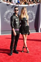Behati Prinsloo – 2014 MTV Video Music Awards in Inglewood