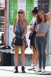 Bella Thorne Out for Lunch and Shopping on Melrose in LA - August 2014