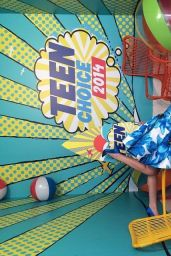 Bella Thorne – Teen Choice Awards 2014 in Los Angeles