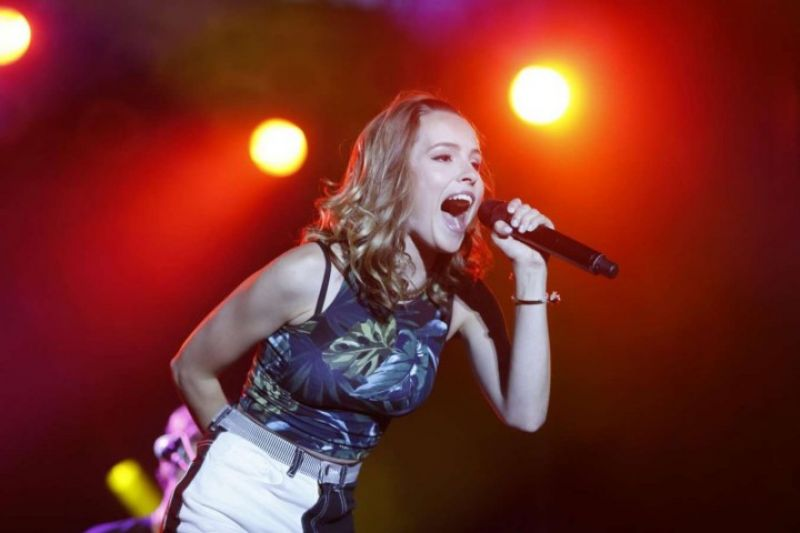 Bridgit Mendler Performs at the Erie County Fair in Hamburg - August 2014