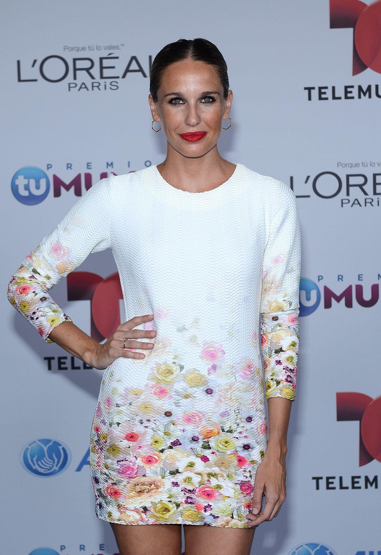 Carola Baleztena – 2014 Telemundo's Premios Tu Mundo Awards