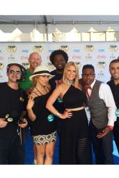 Carrie Keagan - 2014 Teen Choice Awards in Los Angeles (Twitpics)