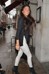 Casey Batchelor Style - Burger & Lettuce Restaurant in Soho in London - August 2014