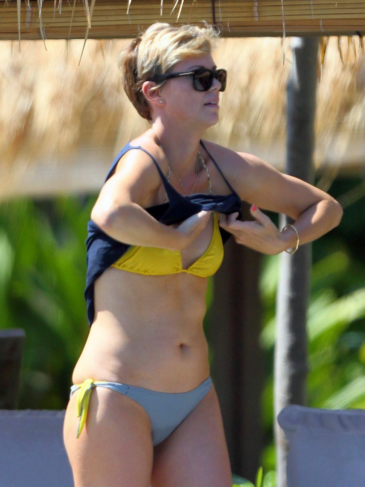Charlize Theron Bikini Candids In Hawaii August 2014