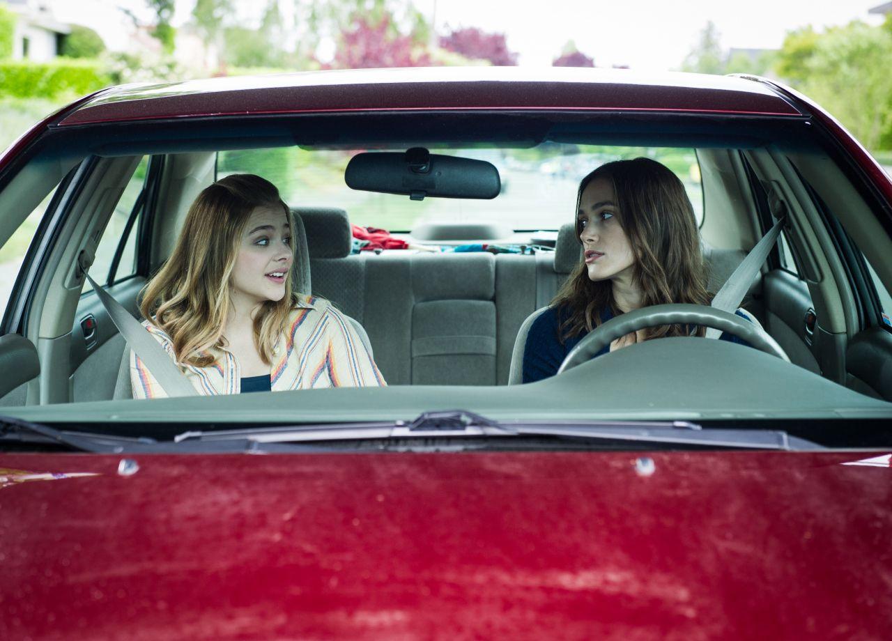 Chloe Moretz & Kiera Knightley -