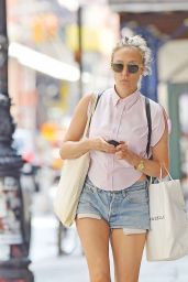 Chloe Sevigny - Out in New York City - August 2014
