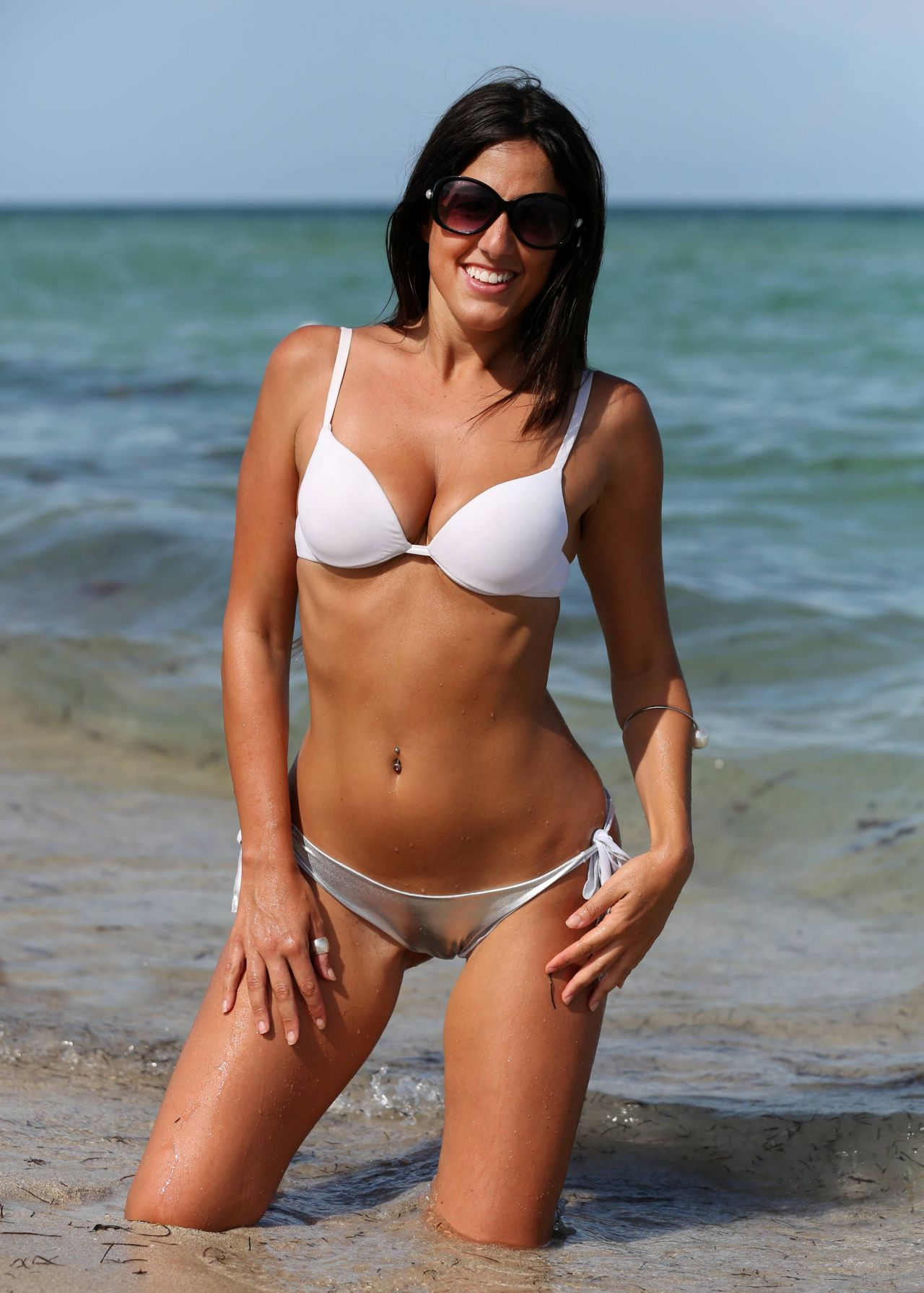 Claudia Romani Hot In Bikini - Miami Beach, August 2014-7998