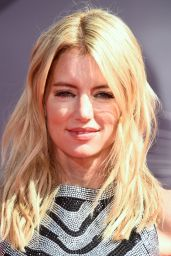 Cynthia Watros – 2014 MTV Video Music Awards in Inglewood