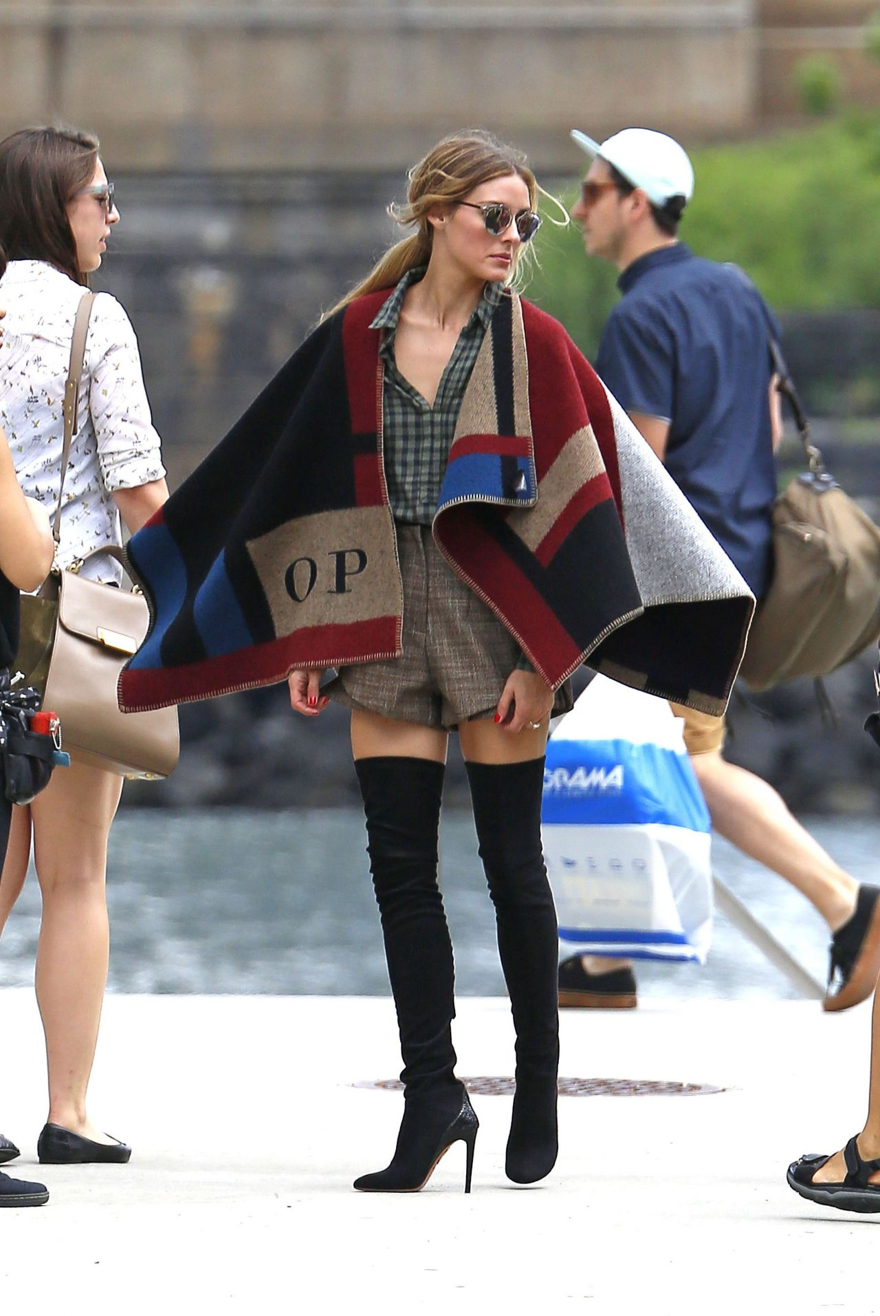 Olivia Palermo Photoshoot in New York City, July 2014 ...
