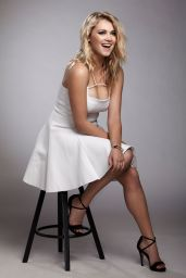 Eliza Taylor - Photoshoot for Bello Magazine June 2014