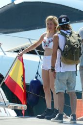 Ellie Goulding With Her Boyfriend Dougie Poynter in Ibiza - August 2014