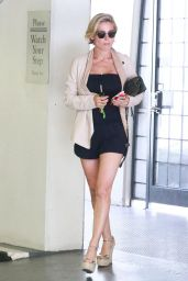 Elsa Pataky Hot Legs - Shopping in Beverly Hills - August  2014