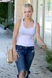 Francesca Eastwood i Ripped Jeans - Out With a Friend in Beverly Hills - July 2014