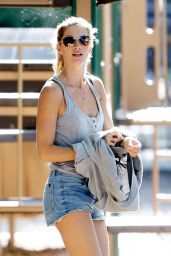 Gisele Bundchen in Jeans Shorts Playing Soccer in Boston - August 2014