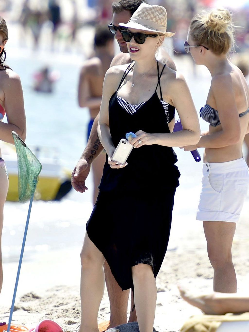 Gwen Stefani on Vacation in Italy - August 2014