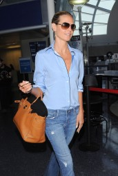 Heidi Klum Style – at LAX Airport – August 2014