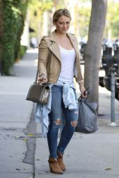 Hilary Duff in Ripped Tight Jeans - Leaving the Gym in West Hollywood - Aug. 2014